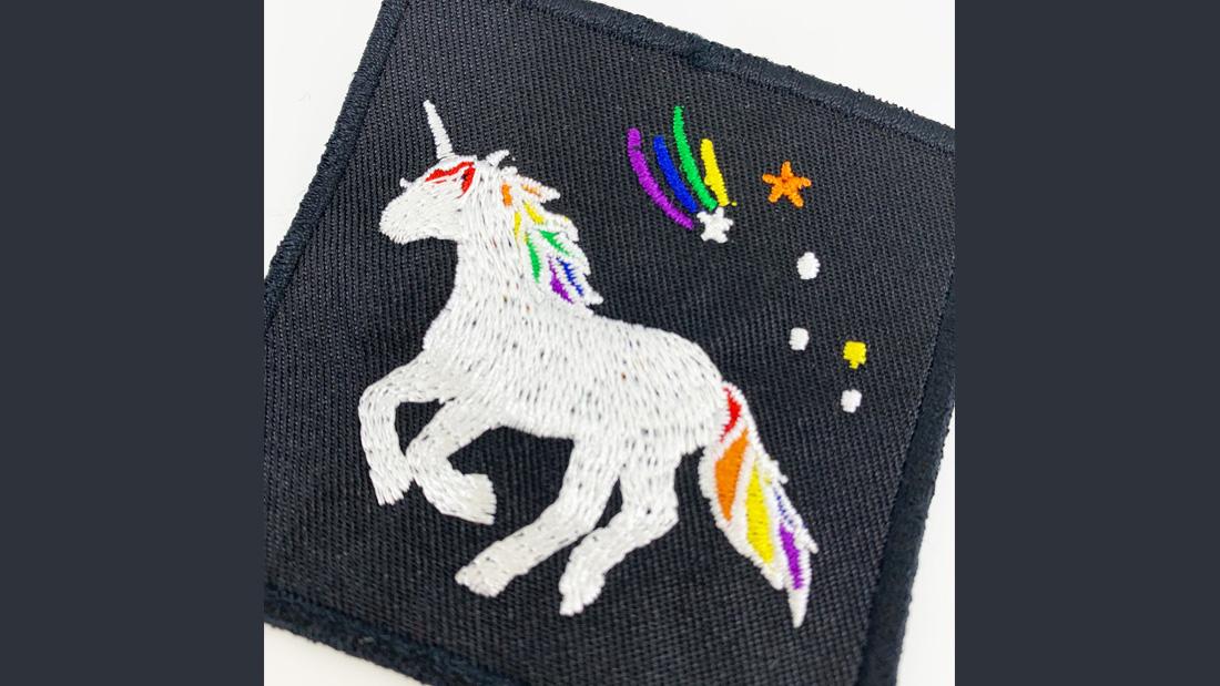 選物》彩虹獨角獸繡片別針,獨特的我是最美的存在!