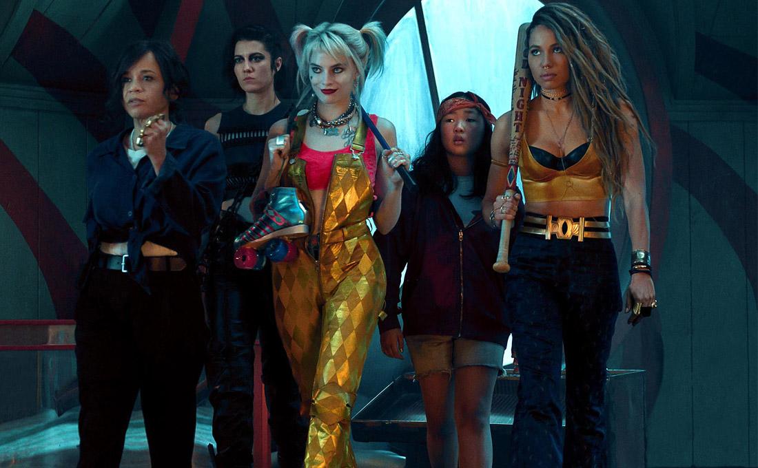 高譚市不是男人說了算!瑪格羅比扮小丑女聯手拉子警探與女孩翻轉黑暗世界遊戲法則