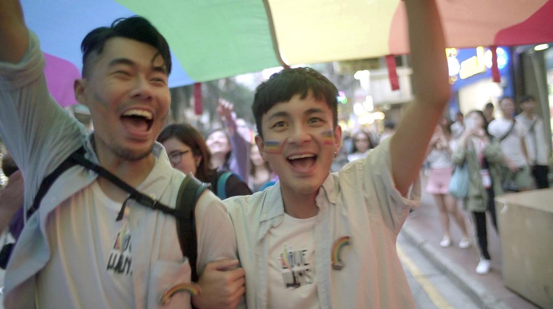 獻給張國榮與盧凱彤,《Forever 17》構築香港平權夢