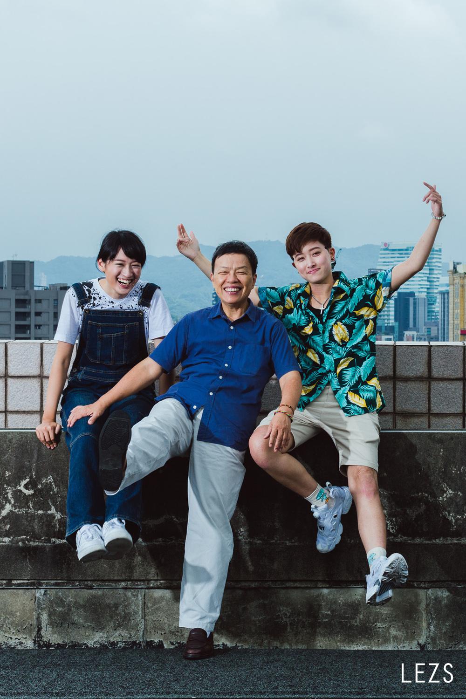 拉拉手的笑中帶淚—王小棣&葉慈毓&鄭靚歆