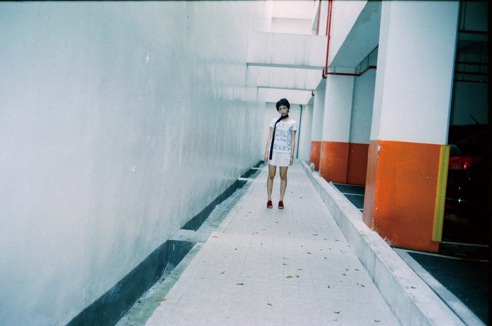 解放 性。感。受。》裸身、絪綁,光影裡的姿態都有著真性情顯現──Sharol的Straight Selfie