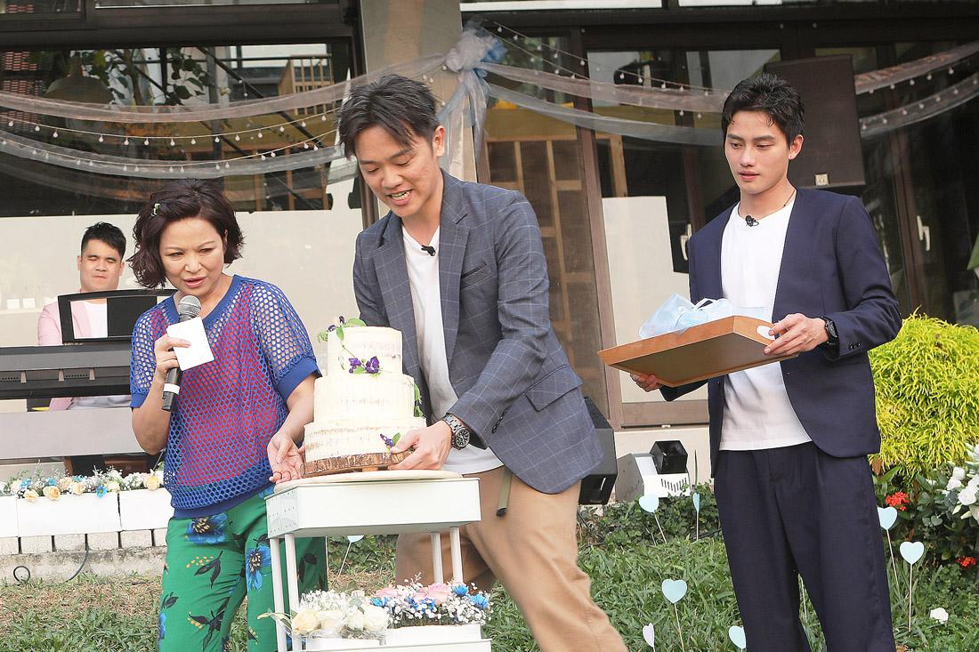 楊貴媚辦民宿接待同志婚禮 歌手鄭宜農大方給建議 坦承自己過得很快樂