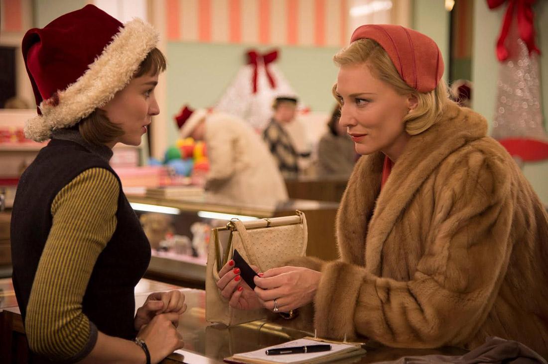那年聖誕一位金髮貴婦朝她走去,成就了同志文學史上的經典Carol