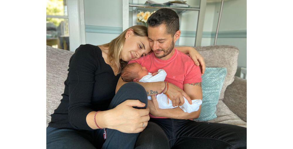 夫妻都是跨性別,代理孕母利用先生卵子生下寶貝女兒