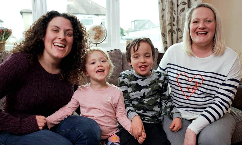 英國兒童節目介紹同志家庭,製作人:每個孩子都應該在他們觀看的節目中發現自己的身影