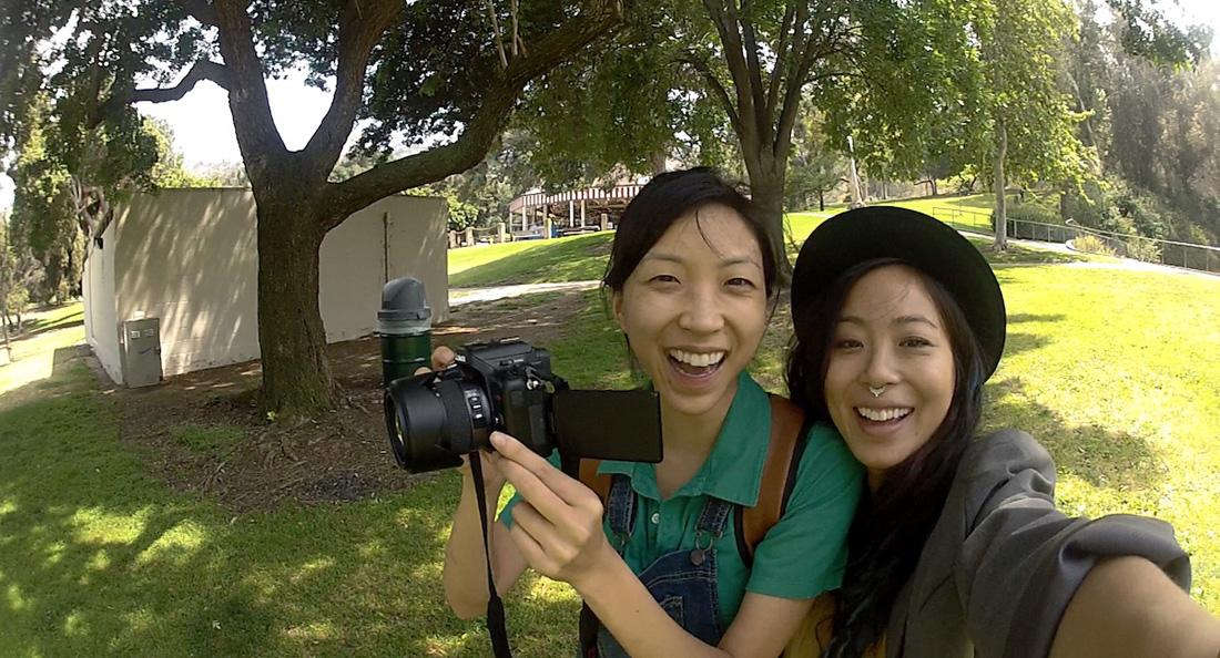 亞洲不是只有瘋狂富豪,《當幸福來鄰時》破碎女同志家庭呈現美國華裔另翼風貌
